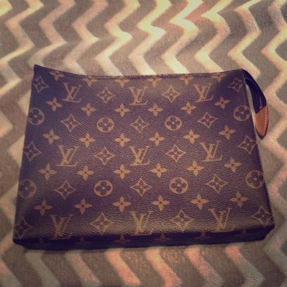 338d56799d0b Louis Vuitton Handbags - 100% authentic Louis Vuitton toiletry pouch 26